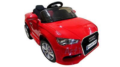 Ein Elektrisches Spielzeugauto