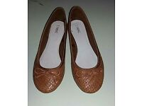 Next ladies tan pumps UK 5 ( 38 ) fab condition