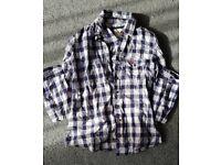 Ladies Hollister shirt medium