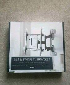 Brand new tilt & Swing bracket
