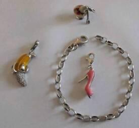 Silver 925 Apart bracelet with 3xcharm