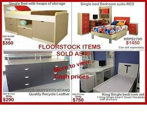 FLOORSTOCK CLEARANCE-EVERYTHING MUST GO! Liverpool Area Preview