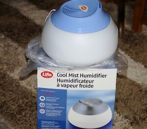 New Cool Mist Humidifier Comox / Courtenay / Cumberland Comox Valley Area image 2