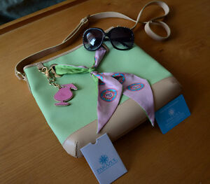 PARAZUL Scarf Bag: Tropical Charm and Scarf: Like New