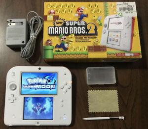 Sup Mario 2DS_With Many Games_Poke Ultra Sun & Moon. Pikmin