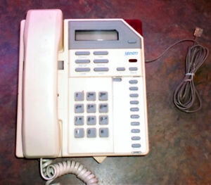 VINTAGE NORTHERN TELECOM MAESTRO PHONE