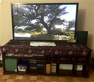 Plasma TV Panasonic with TV table +30$ electronic touch pen