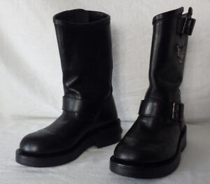 Bottes HARLEY Femme Taille 6 Hautes CUIR 55$ AE