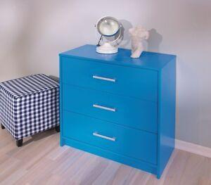 Cassettiera-in-legno-massello-in-colore-blu-con-3-cassetti