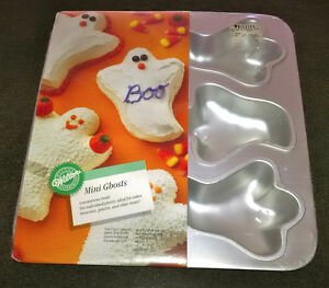 Mini Ghost Cake Tray