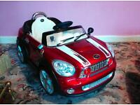 Child's electric mini suitable for 3 to 5 year old