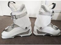 Ski boots Salomon Divine 55