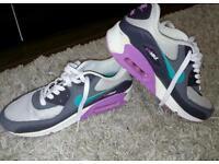 Nike Airmax size 5.5