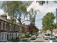 DSS WELCOME - Modern 1 double bedroom 1st floor flat to rent on Granville Road, Woodford, E18 1LD