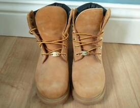 Timberland Suede Boots ladies size 3.5
