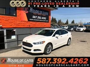2014 Ford Fusion Hybrid SE / Navi / Leather / Sunroof / 2 sets o