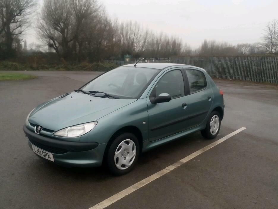 Very reliable 51 plate, 1.1 Peugeot 206 lx, 80000 miles, 8/9/17 mot