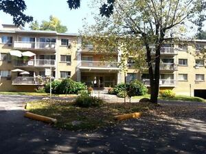 Beautiful 3 1/2 in LaSalle by the rapids, UP TO 2 MONTHS FREE