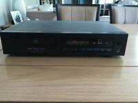 Commercial quality CD player with USB input in good working order