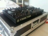 Traktor S2 + Flightcase/Workstation