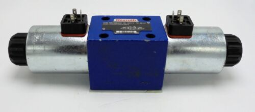 REXROTH R900500932 DIRECTIONAL, SOLENOID VALVE HYDRAULIC