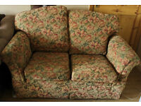 Beautiful and Comfortable sofa for sale 60£ (negotiable)