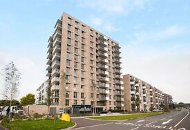 @ Royal Wharf - Brand new Three Bed Three Bath Townhouse - Riverside Development - Seconds from DLR!