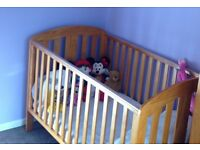 Mamas and Papas Cot/Cotbed