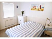 1 bedroom in Carus Crescent, Colchester, CO4