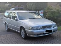 Volvo V70 2.5 petrol Auto