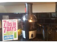 Phillips HR1863 juicer with Jason Vale juice diet book