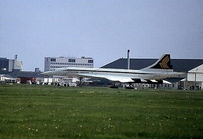 Singapore / British Airways Concorde -  6x4 inch PRINT