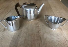 Picquot teapot, milk jug and sugar bowl