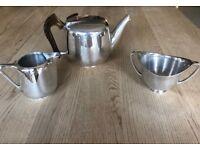 Picquot teapot, milk jug and sugar bowl