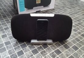 Gear 4 docking stereo system. Iphone / Ipad compatible only. Great condition. Amazing bass and sound
