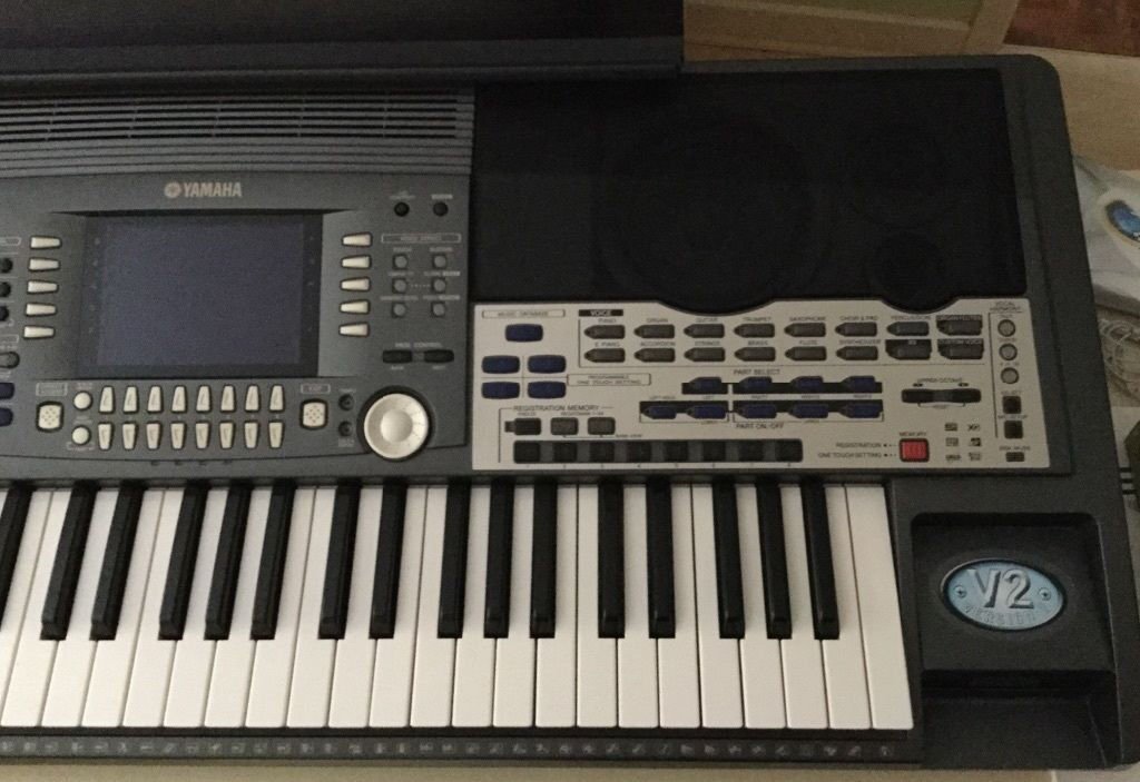 Yamaha psr 9000 version 2 in sandwell west midlands for Yamaha professional keyboard price