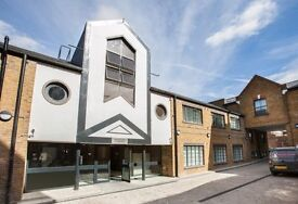 BRAND NEW 1 BED LOFT STYLE APARTMENT MOMENTS FROM THE CITY E14
