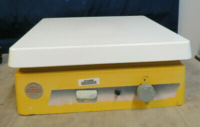 Barnsteadthermolyne S47035 Magnetic Laboratory Stirrer 12x12 Ceremic Top Used