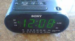 SONY DREAM MACHINE FM/AM ALARM CLOCK RADIO ICF-C218 GRAY TESTED & WORKING!
