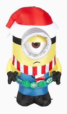 3 1/2' Gemmy Airblown Inflatable Minion Stuart w/ Santa Hat & Ornaments 117152