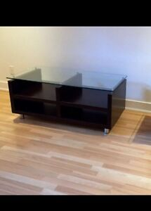 Coffee table / table moderne