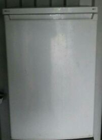 Underbench fridge freezer. Can deliver.