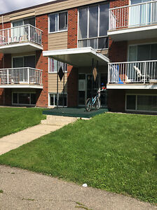 1 bedroom suites starting at $925! Call Now!