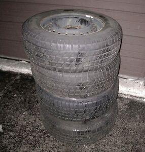 4 WHEELS Nordic All Season Tires on Rims 215/65/15, 90% left