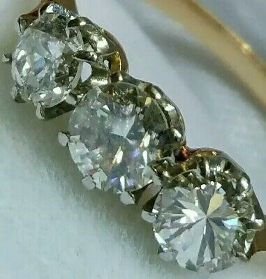 18Ct Gold 0.86Ct Superb Quality Diamond Trilogy Engagement Dress Ring Size O