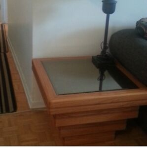 Coffee table can be ctr/end