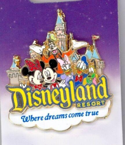 Disney Where Dreams Come True Goofy Pluto Mickey Minnie Daisy Duck Castle Pin