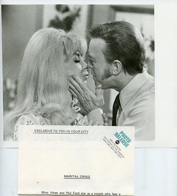 MIMI HINES PHIL FORD KISS LOVE AMERICAN STYLE ORIGINAL 1970 ABC TV PHOTO
