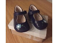 Very pretty navy clarks shoes worn very little in new condition