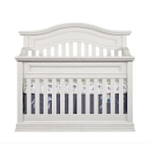Oxford Convertible crib with conversion kit